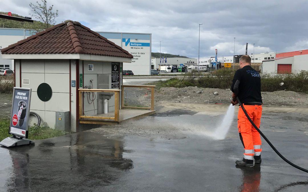 Tømmestasjonen på Fagernes er rengjort for sesongen og klar til bruk